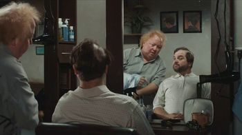 DIRECTV TV Spot, 'Wet Bags: Reward Card' - Thumbnail 5