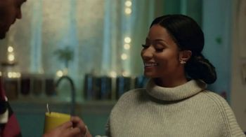 H&M TV Spot, 'A Magical Holiday' Featuring Nicki Minaj, Jesse Williams - Thumbnail 1