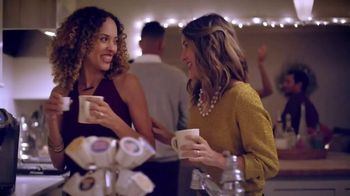 Dunkin' Donuts TV Spot, 'Holiday Coffee Flavors' - Thumbnail 2