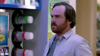 AmPm 22-Ounce Freeze TV Spot, 'Double the Brr With Double the Freezes' - Thumbnail 5