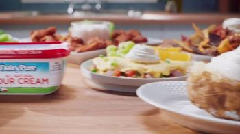 DairyPure Sour Cream TV Spot, 'Cow Tipping' - Thumbnail 10