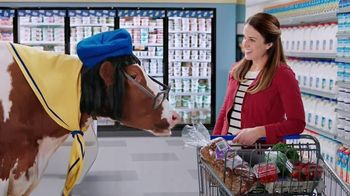 DairyPure Sour Cream TV Spot, 'Cow Tipping' - Thumbnail 3
