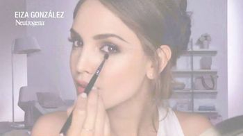 Neutrogena Towelettes TV Spot, 'Eiza Gonzalez Saves a Smokey Eye Look' - Thumbnail 1