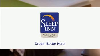 Choice Hotels Sleep Inn TV Spot, 'Ion Television: Stylish' Ft. Martin Amado - Thumbnail 10