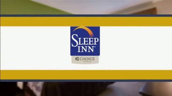 Choice Hotels Sleep Inn TV Spot, 'Ion Television: Stylish' Ft. Martin Amado - Thumbnail 9