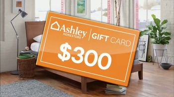 Ashley HomeStore Stars & Stripes Mattress Event TV Spot, 'Gift Card' - Thumbnail 5