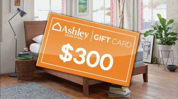 Ashley HomeStore Stars & Stripes Mattress Event TV Spot, 'Gift Card' - Thumbnail 6