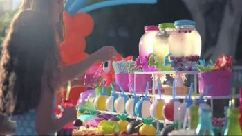 Party City TV Spot, 'Turn Up the Mischief' Song by Kester Waters - Thumbnail 5
