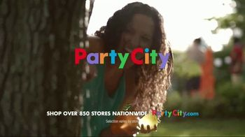 Party City TV Spot, 'Turn Up the Mischief' Song by Kester Waters - Thumbnail 7