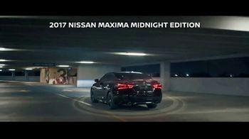 2017 Nissan Maxima Midnight Edition TV Spot, 'Curb Appeal' [T1] - Thumbnail 10
