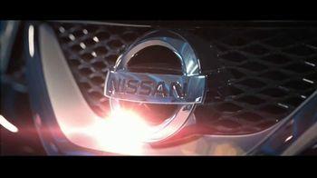 2017 Nissan Maxima Midnight Edition TV Spot, 'Curb Appeal' [T1] - Thumbnail 3