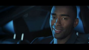2017 Nissan Maxima Midnight Edition TV Spot, 'Curb Appeal' [T1] - Thumbnail 7