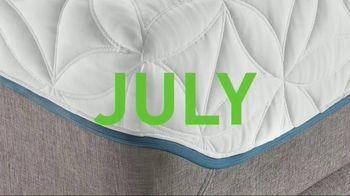 Tempur-Pedic July 4th Savings Event TV Spot, 'Adapt' Feat. Serena Williams - Thumbnail 7