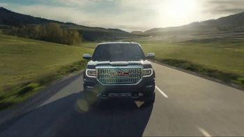 GMC Independence Day Event TV Spot, 'Like a Pro: Anthem' [T2] - Thumbnail 7
