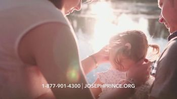 Joseph Prince Never Alone TV Spot, 'Family Relationships: Intimacy' - Thumbnail 5