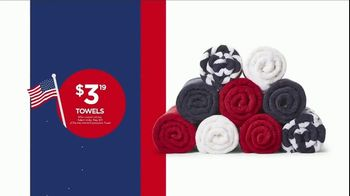 JCPenney 4th of July Sale TV Spot, 'Summer Essentials' - Thumbnail 7