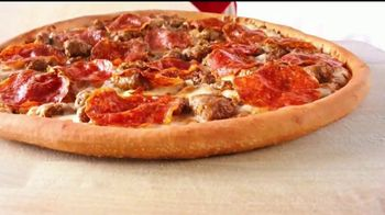 Papa John's Double XL Pizza TV Spot, '¡Gol!' [Spanish] - Thumbnail 2