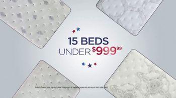 Mattress Firm 4th of July Sale TV Spot, 'Daily Deals: Serta Queens' - Thumbnail 3