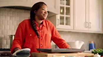Johnsonville Andouille Smoked Sausage TV Spot, 'Bold' Ft. Tregaye Fraser - Thumbnail 10