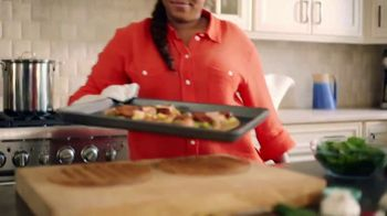 Johnsonville Andouille Smoked Sausage TV Spot, 'Bold' Ft. Tregaye Fraser - Thumbnail 9