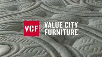 Value City Furniture TV Spot, 'Buy More, Save More: More Options' - Thumbnail 3