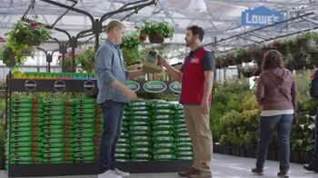 Lowe's Spring Black Friday TV Spot, 'The Moment: More Lawn Care' - Thumbnail 6