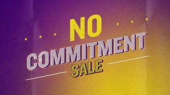 Planet Fitness No Commitment Sale TV Spot, 'Victory' - Thumbnail 7