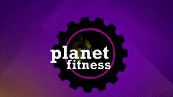 Planet Fitness No Commitment Sale TV Spot, 'Victory' - Thumbnail 8
