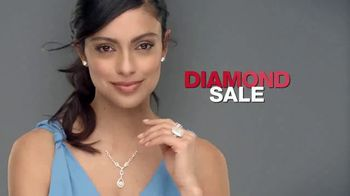 Macy's Lowest Prices of the Season TV Spot, 'Jewelry, Towels and Furniture' - Thumbnail 3