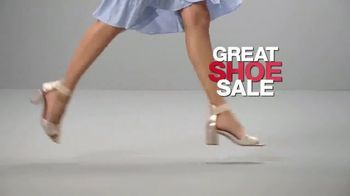Macy's Lowest Prices of the Season TV Spot, 'Jewelry, Towels and Furniture' - Thumbnail 6