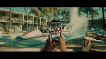 T-Mobile TV Spot, 'Samsung Galaxy S9 Buy One Get One Free: Boat' - Thumbnail 5