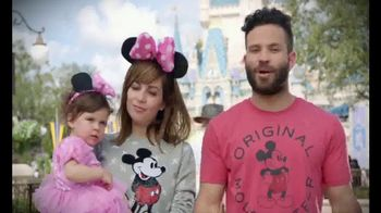 Walt Disney World TV Spot, 'Toy Story Mania' Featuring José Altuve - Thumbnail 9