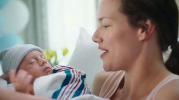 Pampers Swaddlers TV Spot, 'Love at First Touch' - Thumbnail 8