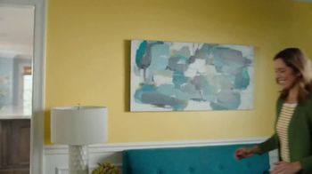 HGTV HOME by Sherwin-Williams TV Spot, 'Color Compliment: Friend' - Thumbnail 1