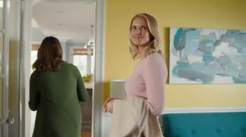 HGTV HOME by Sherwin-Williams TV Spot, 'Color Compliment: Friend' - Thumbnail 2