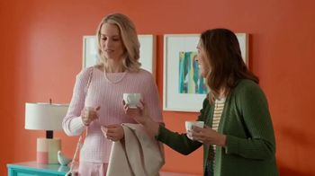 HGTV HOME by Sherwin-Williams TV Spot, 'Color Compliment: Friend' - Thumbnail 4