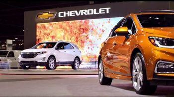 2018 Chevrolet Silverado 1500 TV Spot, 'Auto Show Cash' [T2] - Thumbnail 1