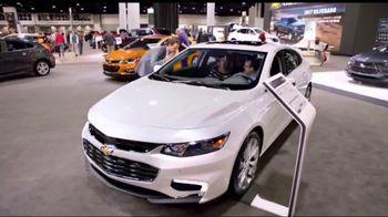 2018 Chevrolet Silverado 1500 TV Spot, 'Auto Show Cash' [T2] - Thumbnail 3