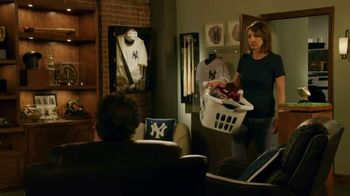 GEICO TV Spot, 'Yankees World Series Ball Gets Destroyed' - Thumbnail 3