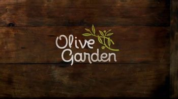 Olive Garden Big Italian Classics TV Spot, 'Biggest News Ever' - Thumbnail 2