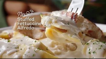 Olive Garden Big Italian Classics TV Spot, 'Biggest News Ever' - Thumbnail 6