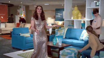 La-Z-Boy Grand Opening Event TV Spot, 'Grand' Feat. Brooke Shields - Thumbnail 4