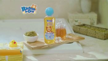 Ricitos de Oro Body Wash TV Spot, 'La hora del baño' [Spanish] - Thumbnail 9