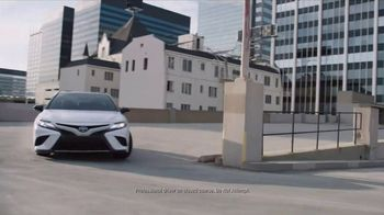 2018 Toyota Camry TV Spot, 'Indulge: The Look' Song by Roxette [T1] - Thumbnail 5