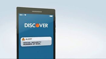 Discover Card Social Security Number Alerts TV Spot, 'Dog Kiss' - Thumbnail 10