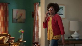 Discover Card Social Security Number Alerts TV Spot, 'Dog Kiss' - Thumbnail 2