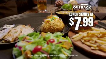 Outback Steakhouse Lunch Combos TV Spot, 'Seasoned, Seared and Delivered' - Thumbnail 7