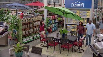 Lowe's TV Spot, 'Good Backyard: Cardholders' - Thumbnail 7