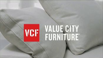 Value City Furniture TV Spot, 'Free Delivery' - Thumbnail 3