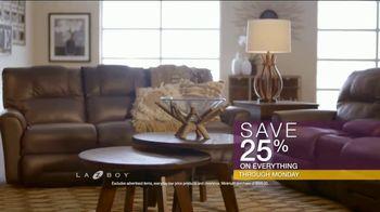 La-Z-Boy Flash Sale TV Spot, 'Cozy to Spacious' - Thumbnail 9